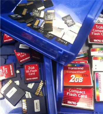 SD memory, bulk, group, pile